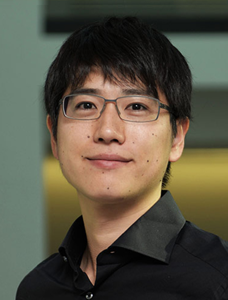 Dr Naoya Takahashi